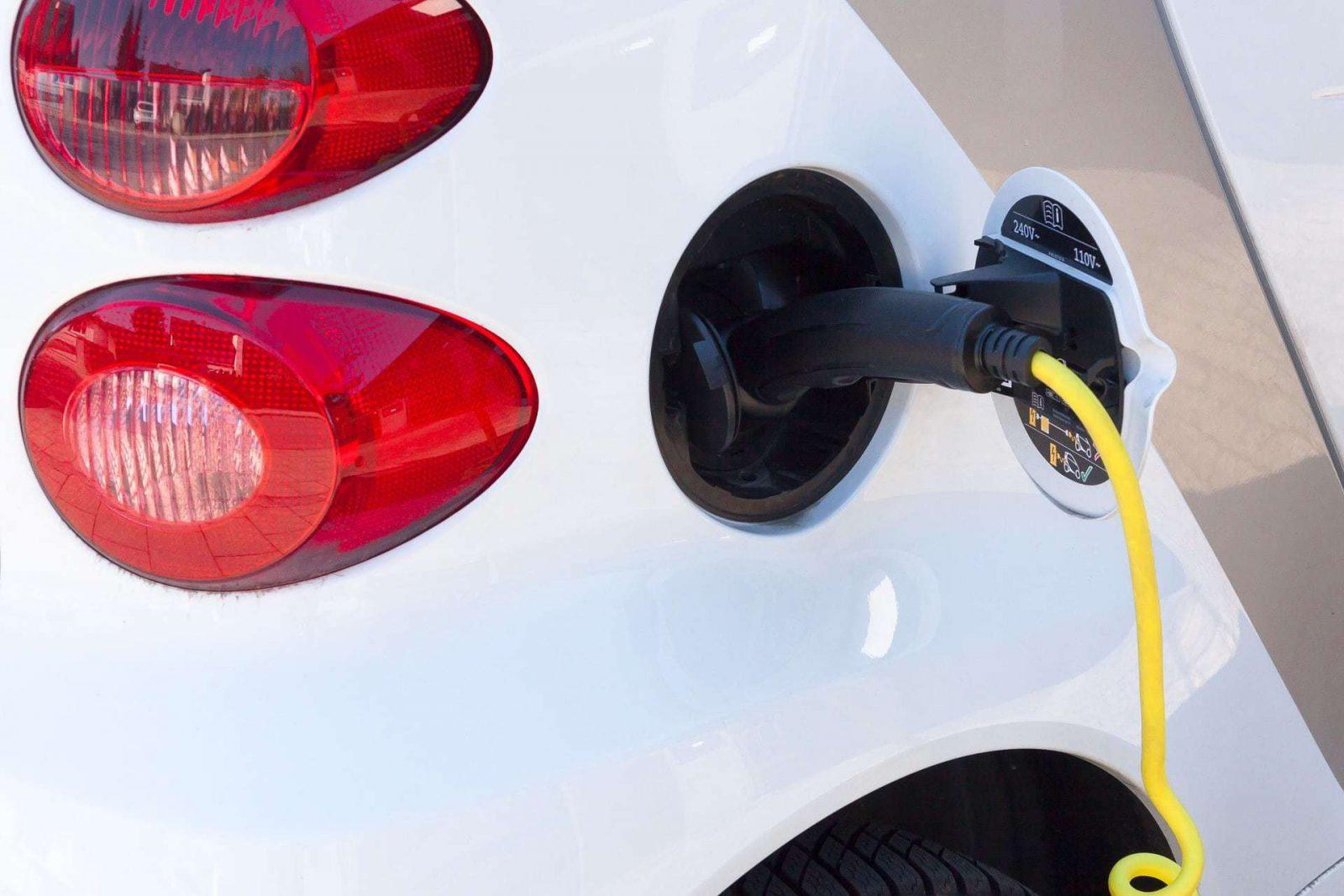 10 Redenen Om Een Elektrische Auto Te Kopen Te Rijden Of Aan Te