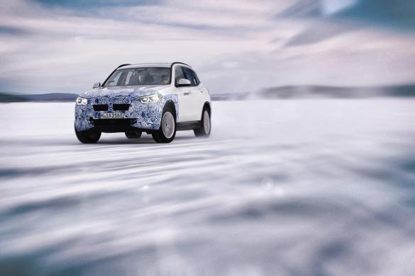 BMW iX3 Winter