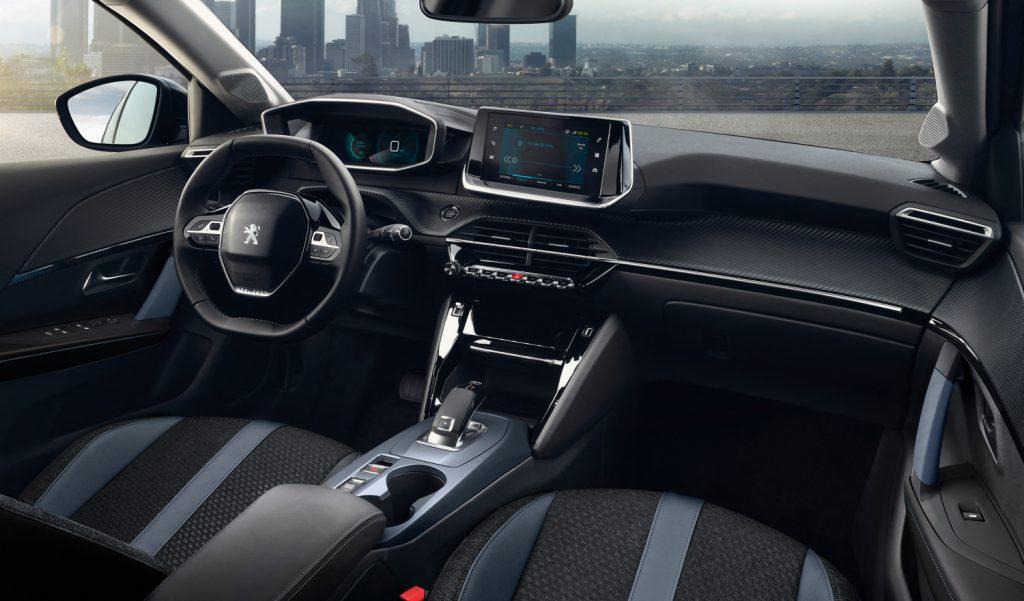 Peugeot e-2008 interieur