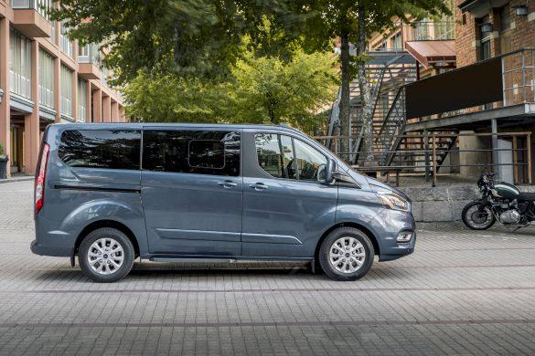 Ford introduceert plug-in hybride aandrijvingen voor Transit en Tourneo