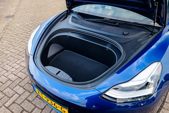 Tesla Model 3 Long Range Dual Motor bagage