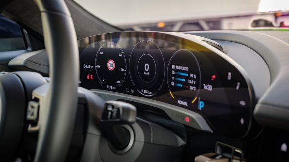 Porsche Taycan Turbo dashboard
