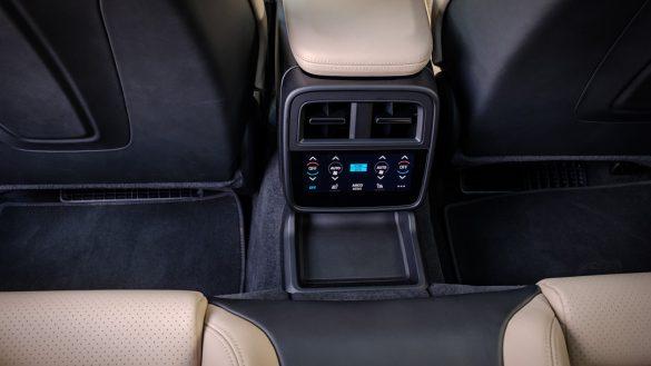 Porsche Taycan Turbo interiPorsche Taycan Turbo interieureur