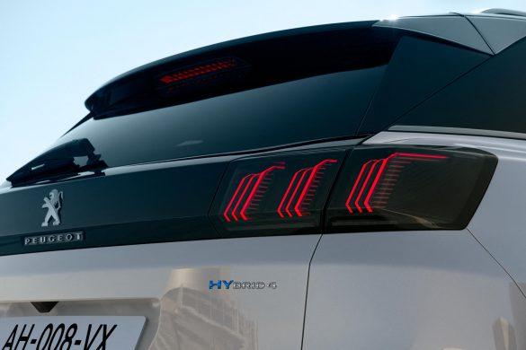 achterzijde Peugeot 3008 plug-in hybride