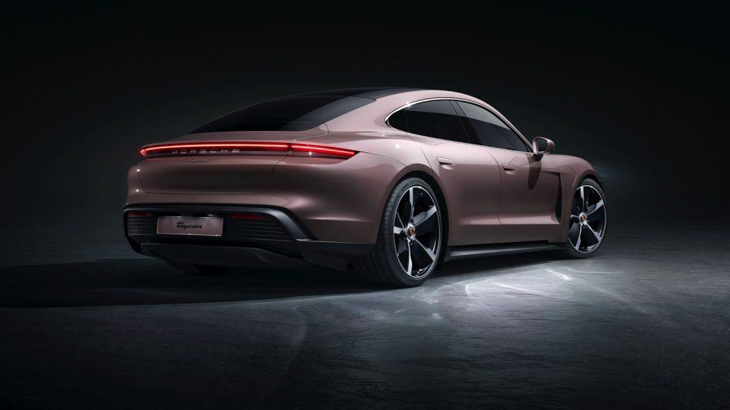 Porsche Taycan Plus