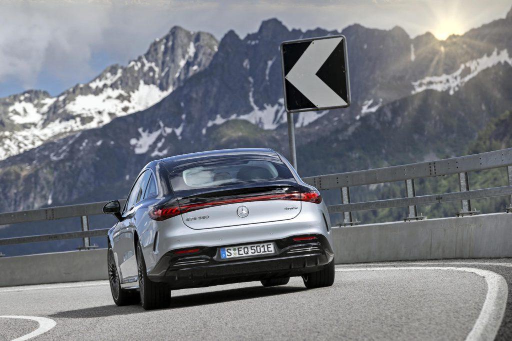 Mercedes EQS wendbaar rijden