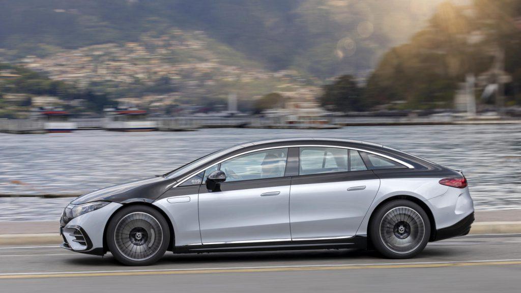 Mercedes EQS opzij daklijn