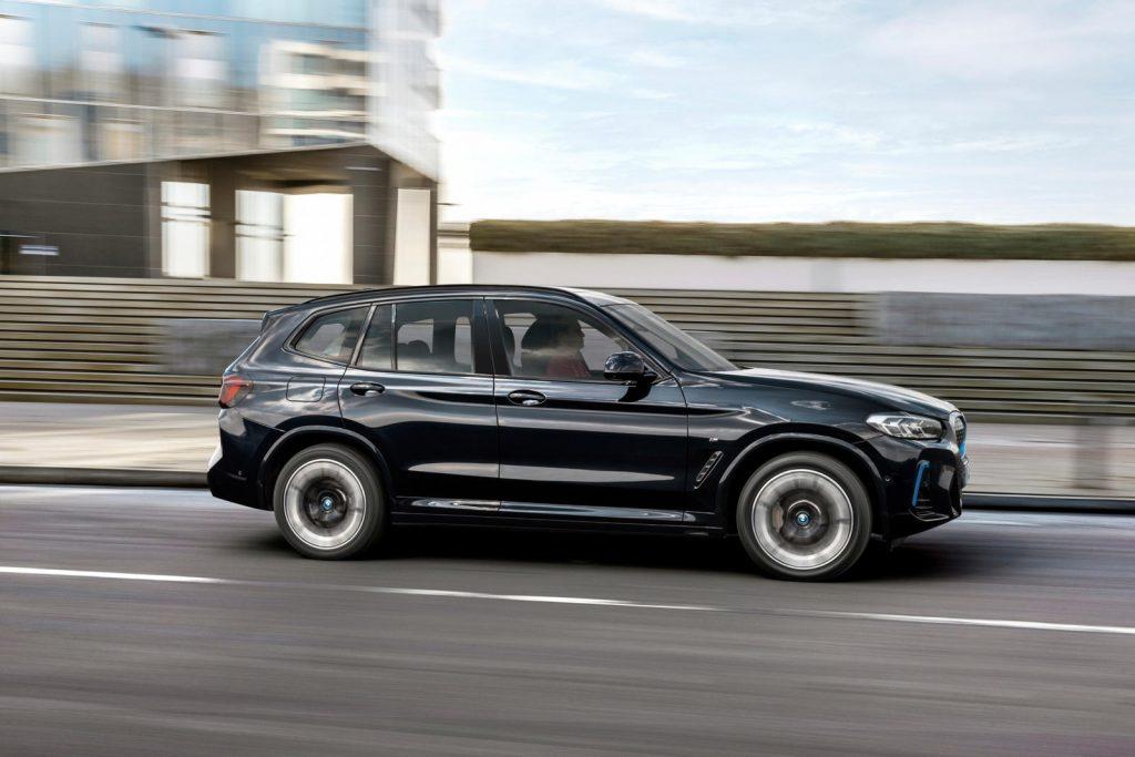 BMW iX3 update